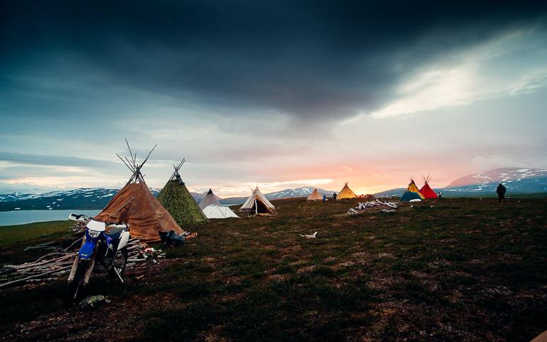 Golok, reindeer herder camp, july. Sápmi - Sweden. Photo: Carl-Johan Utsi.